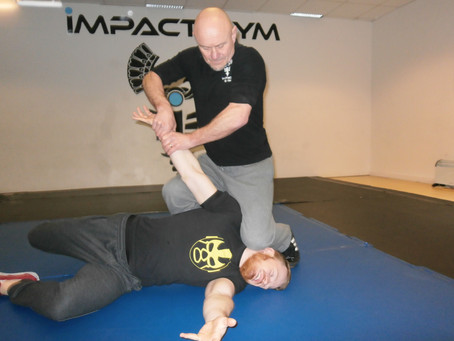 A HISTORY LESSON FROM JAPANESE JUJUTSU.'Finishing holds for Combat.'