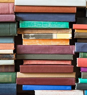 Pilhas de Livros