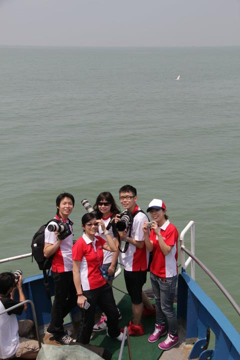 2011-DolphinCSR-Canon-2