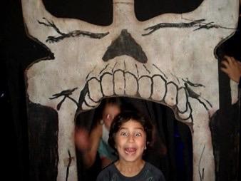 Skull Entranceway