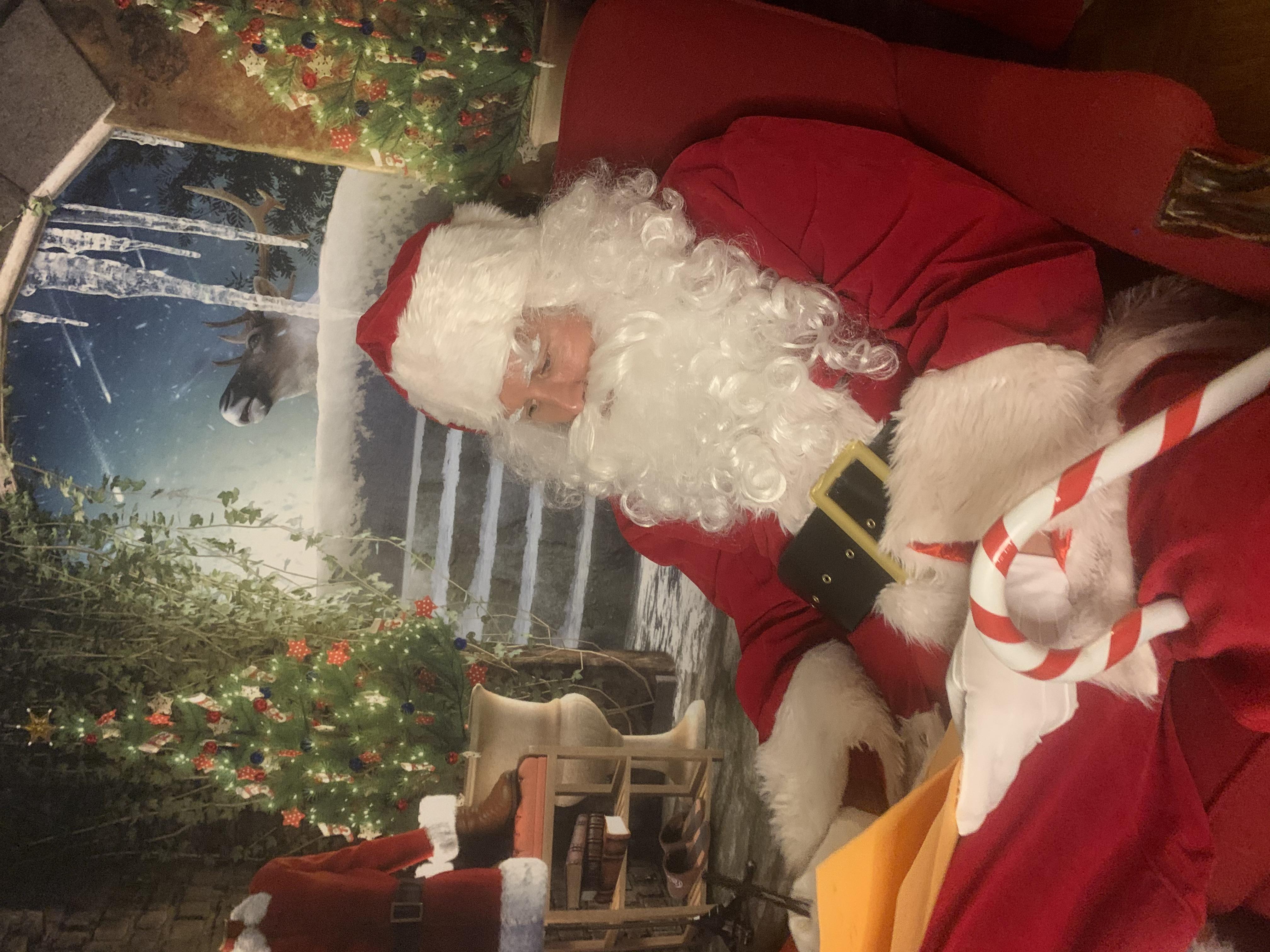 Santa's Mancave Backdrop