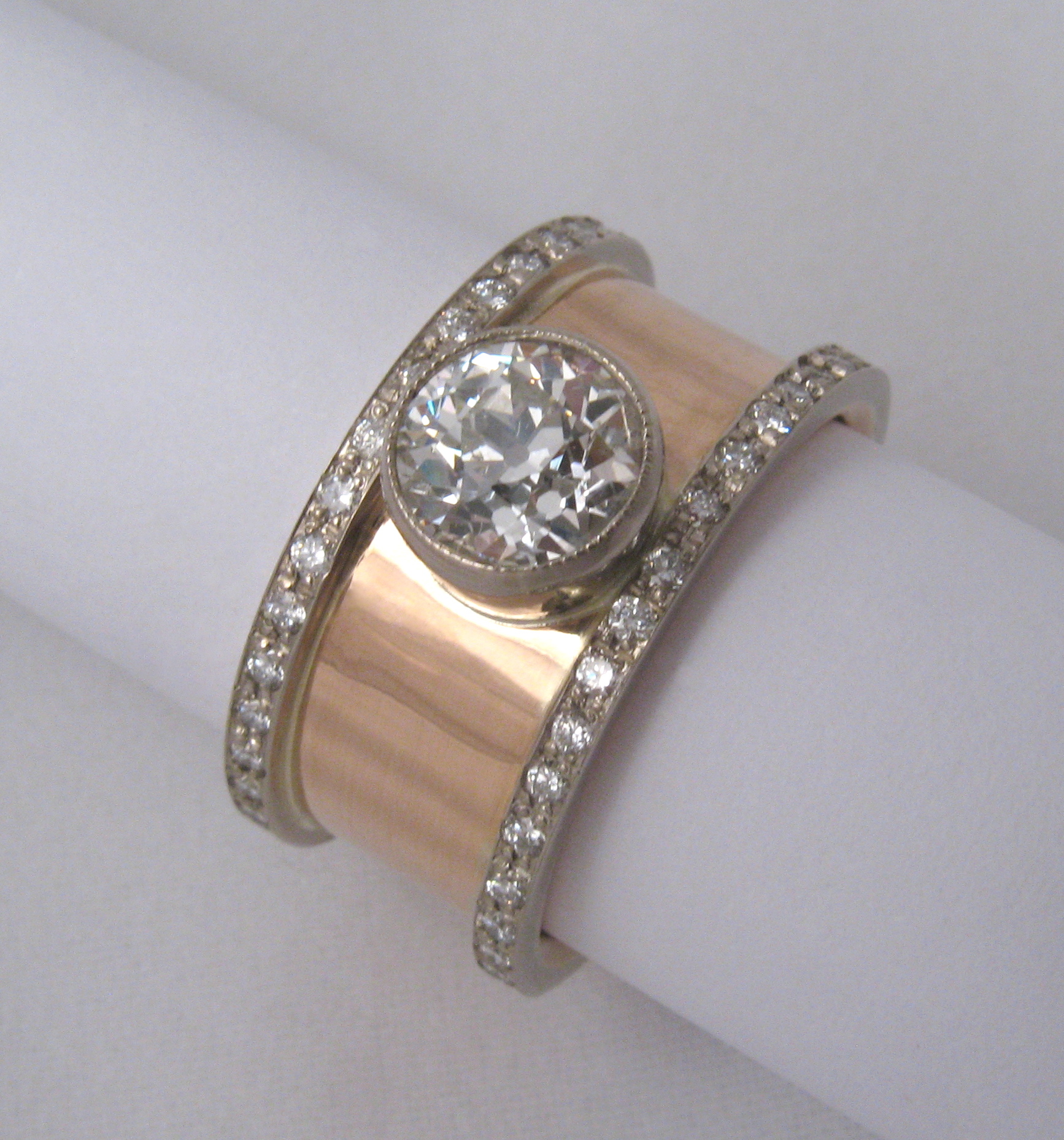 18ct rose gold and 18ct white gold and d