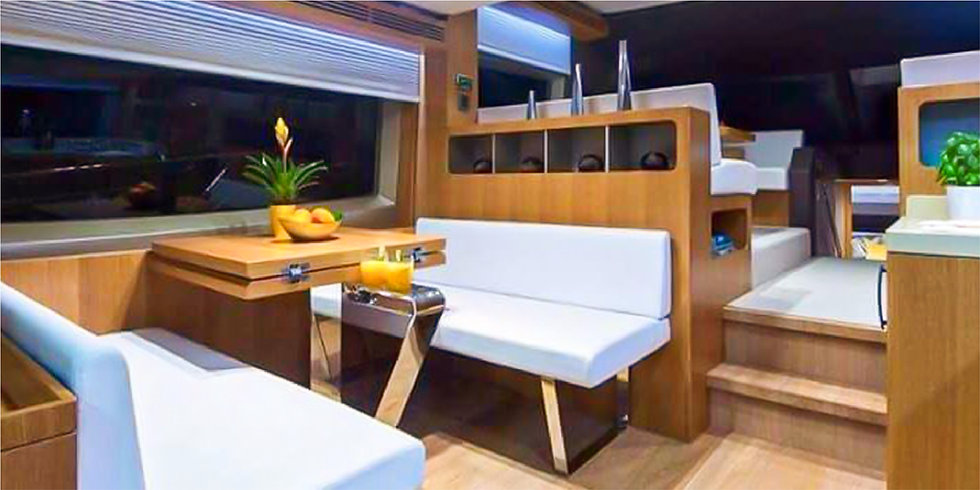 48FT Luxury Private Yacht up to 04 HRS