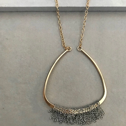 London Metal Necklace