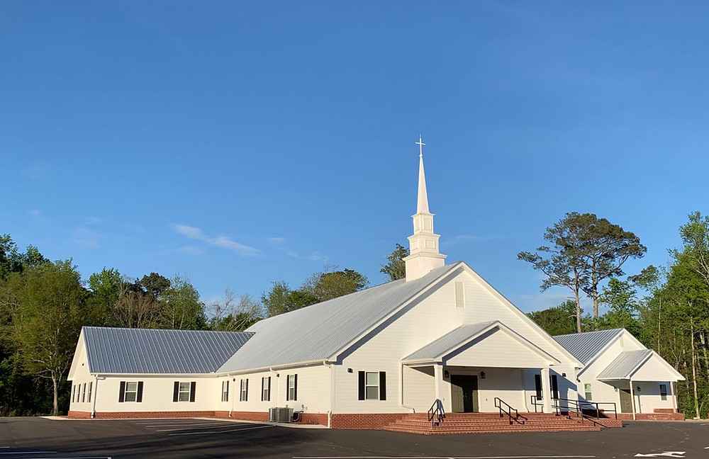 Warrior Creek Missionary Baptist Church in north Alabama had revival services last week, and now more than 40 members have tested positive for COVID-19. (Source: AL.com)