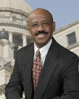 Mississippi Rep. Proposes Bill Requiring Daily Reading Of Ten Commandments In Public Schools