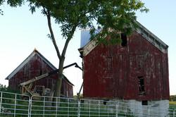 iowa-barn-savers-bank-barn-P1020253