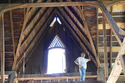 iowa-barn-savers-bank-barn-interior-dan-schmitt