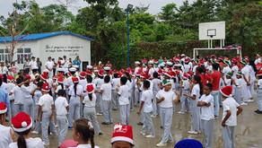 Entrega De Fundas De Caramelos Navidad 2018 A Los Niños De La Parroquia San Francisco Del Cabo