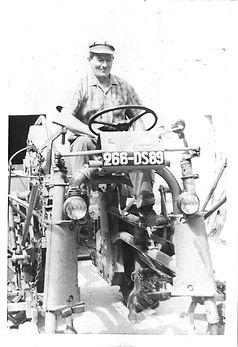 Premier tracteur de l'exploitatio