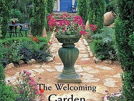 Making a Front Yard into a Welcoming Entry Garden