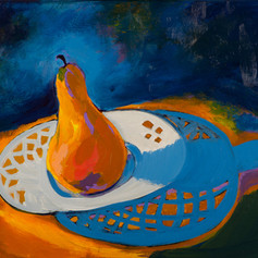 Pear on Milkglass