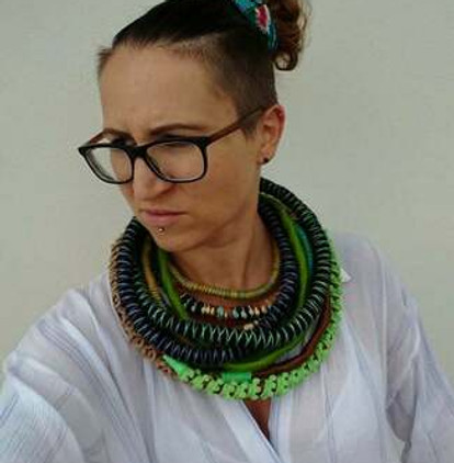 unique-yarn-wrapped-necklace-3