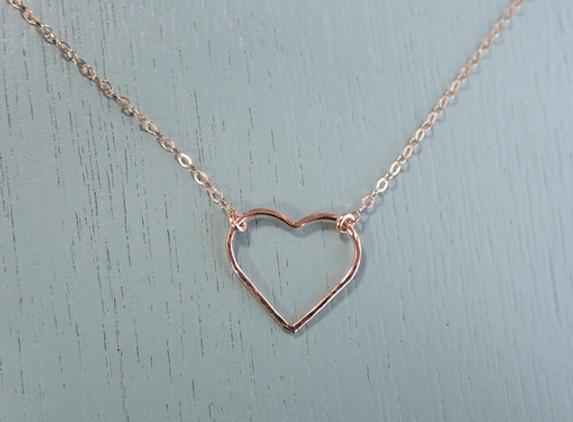 rose-gold-hammered-heart-necklace