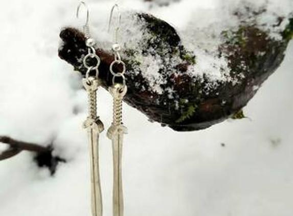 celtic-shield-maiden-sword-earrings