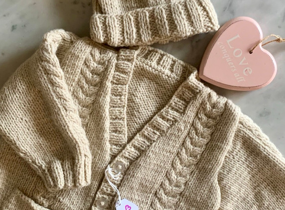 baby-s-cardy-hat-set