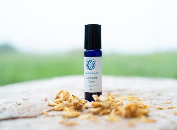 gaeltacht-gorse-natural-perfume-oil-1