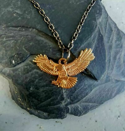 celtic-zodiac-hawk-pendant-small-version