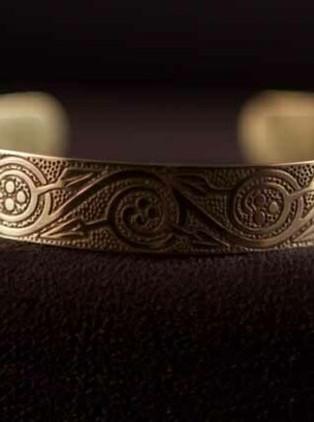celtic-art-cuff-pictish-floral-spiral-design-etched-in-brass-1