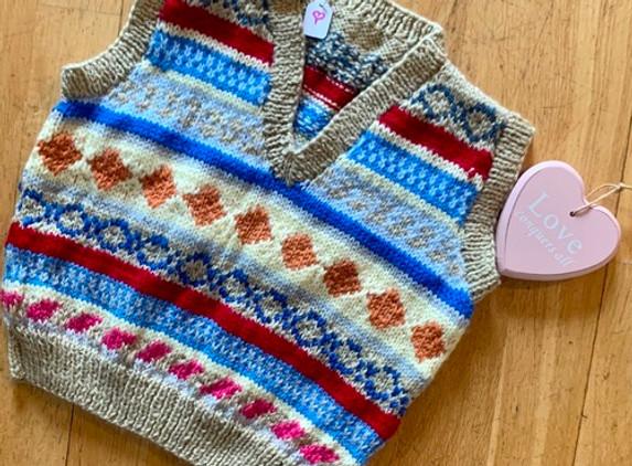baby-v-neck-sleeveless-jumper