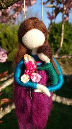 needle-felted-mother-and-son