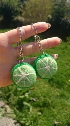 couple-key-rings-best-friends-limes