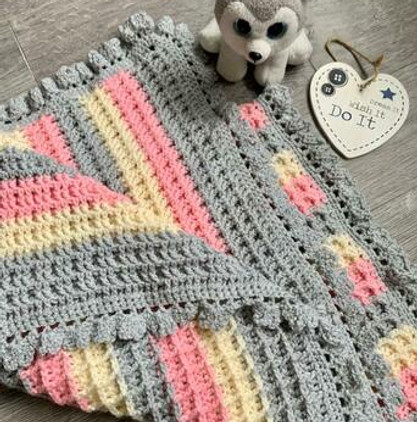handmade-baby-blanket-pink