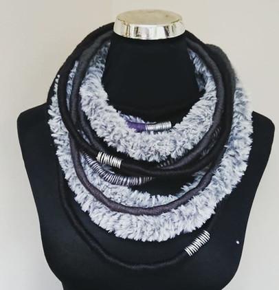 unique-faux-fur-wrapped-necklace