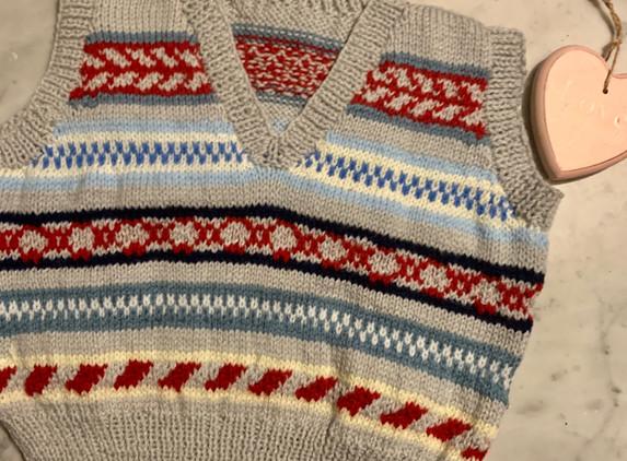 kids-handknit-ferile-style-v-neck-sleeveless-jumper