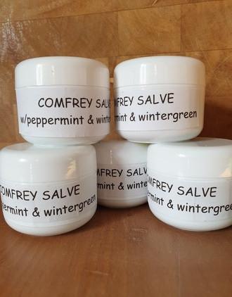 handmade-comfrey-salve-for-sore-muscles