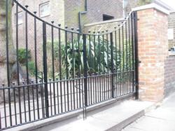 ashmount gates