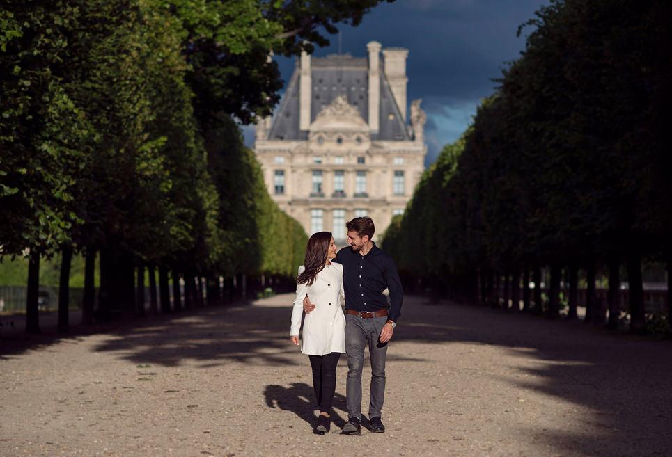 Engagement_session_Tuilerie_Gardens_Paris.jpg