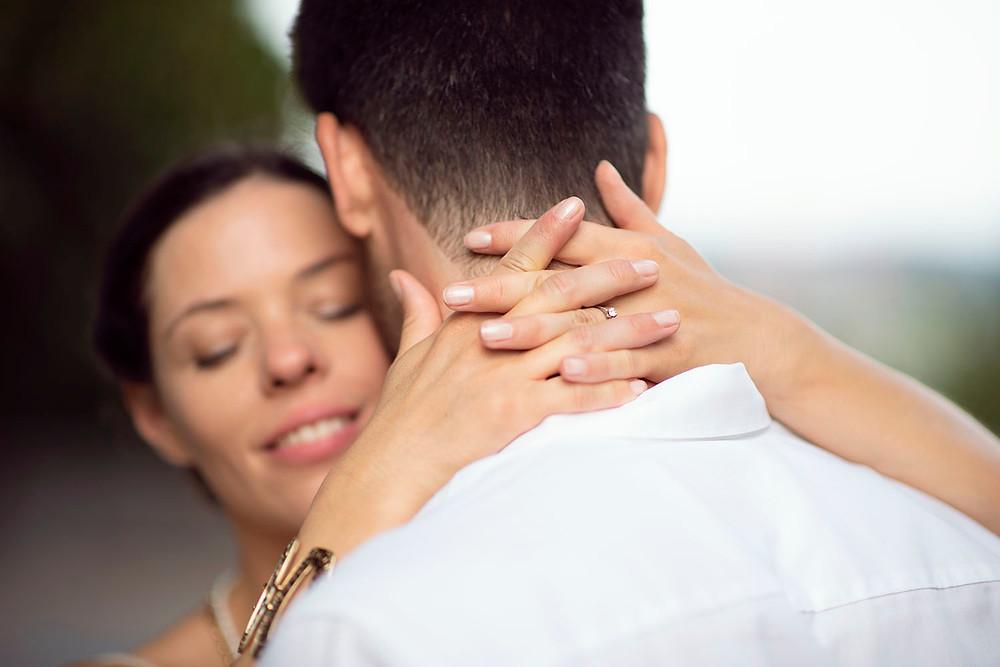 Günstige Verlobungsfotos Zürich, Schweiz. Fotograf Hochzeit Yvo Greutert