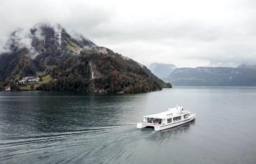 Hochzeit Zentralschweiz Drohne Video Foto von Hochzeit auf Luzernersee Zentralschweiz
