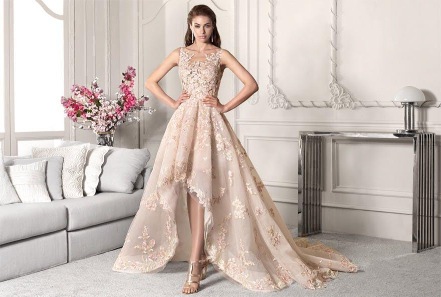 The best bridal dress shops in Paris. 13 wedding dress stores in Paris with exclusive wedding dress designers.