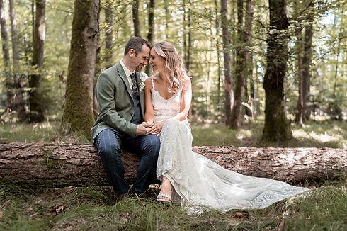 Hochzeitspaar bei einem Videoshoot für ein Hochzeitsvideo