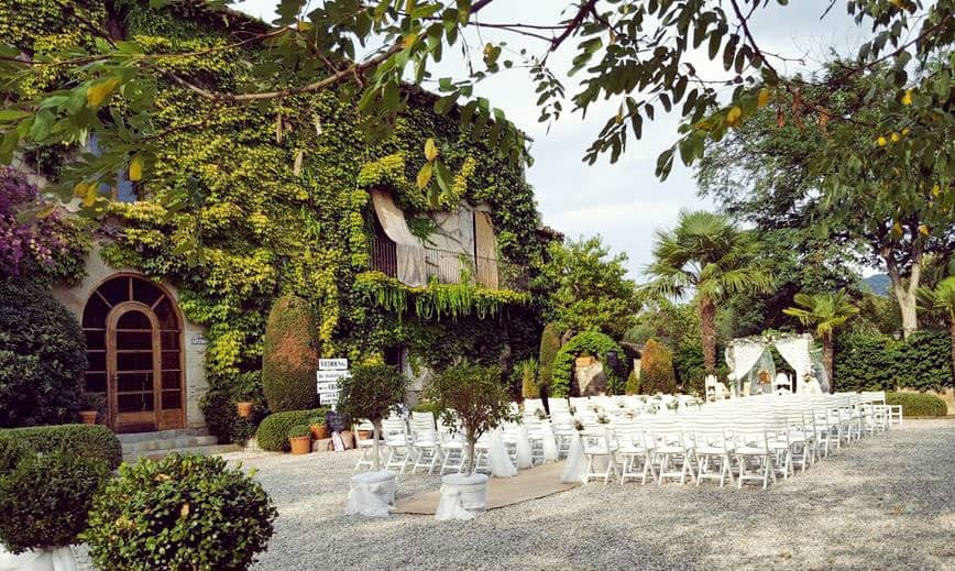 El Paratge is a great place to celebrate a wedding. The old and romantic Masía is one of the best wedding destinations near Barcelona.
