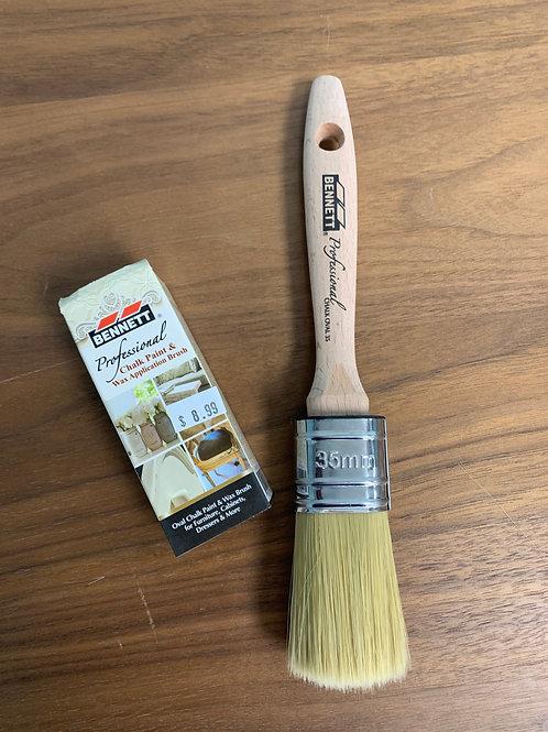 Bennett Oval Chalk and Wax Brush