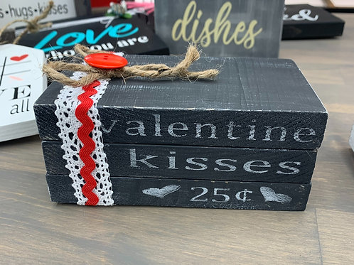 Valentine Kisses Mini Book
