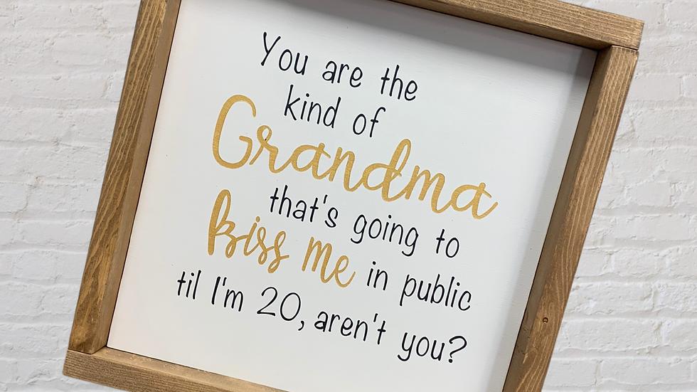 Grandma Kisses 12x12