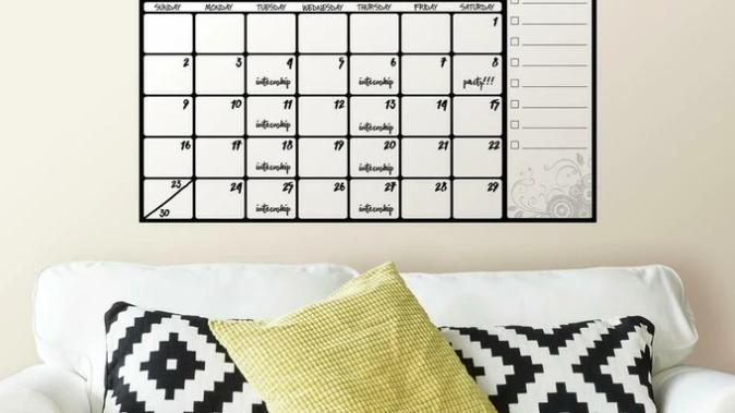 Scroll Dry Erase Calendar