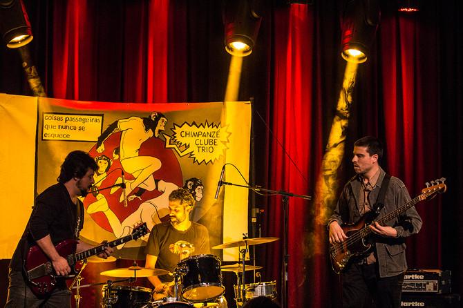 Ensaio: Chimpanzé Clube Trio no SESC