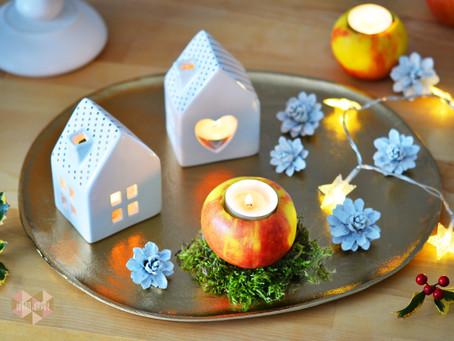 Weihnachtsdekoration mit Naturelementen