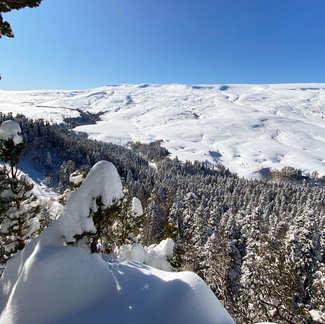 Зима в Адыгее. Горы, горячие источники и ущелья горных рек