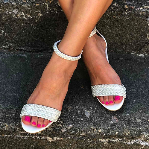 Arista  Pearls Lace