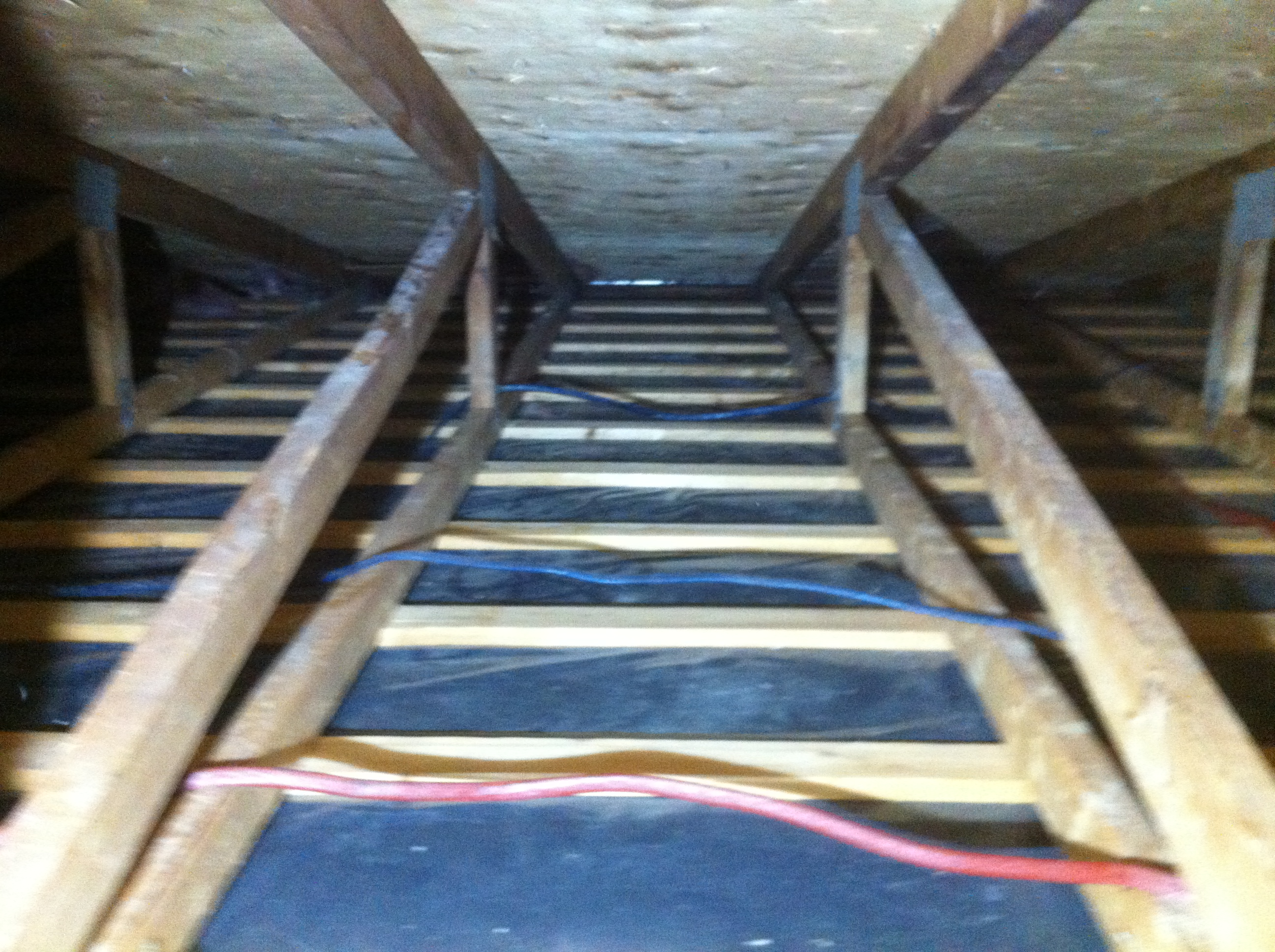 Entre-toit décontaminé