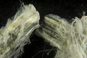 Ottawa bannit l'utilisation et l'importation d'amiante au Canada