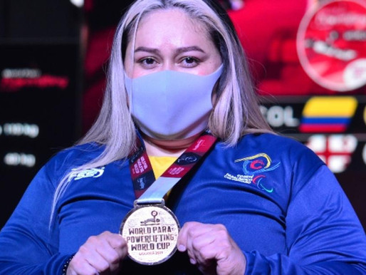 Bertha Fernández, la mujer maravilla del powerlifting