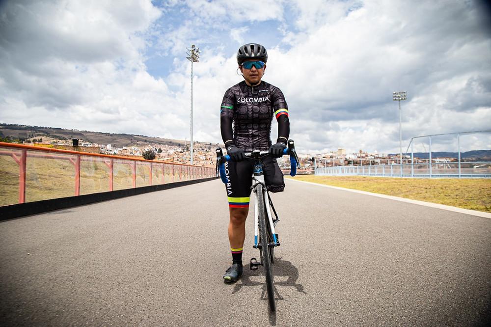 Carolina Munevar es considerada la mejor ciclista paralímpica en Colombia.