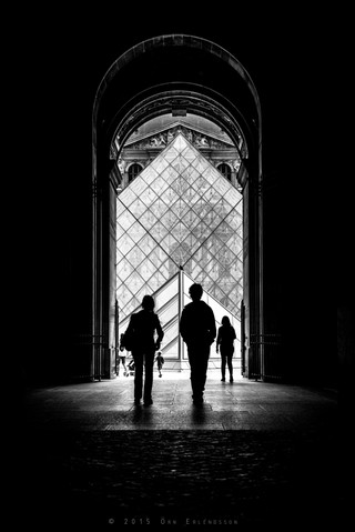Silhouettes at the Louvre